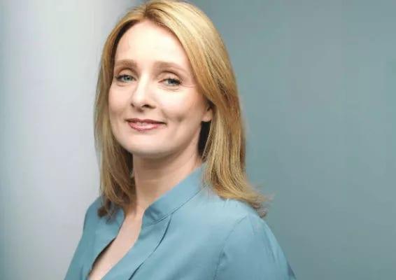 Dr. Anja Dawson in der Kinderwunschpraxis